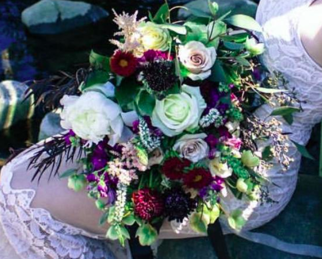 SWOONING OVER BOUQUETS